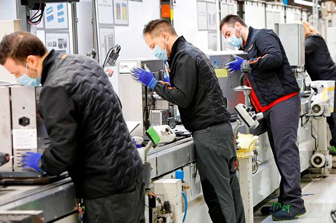 ventilación en áreas laborales de tipo industrial